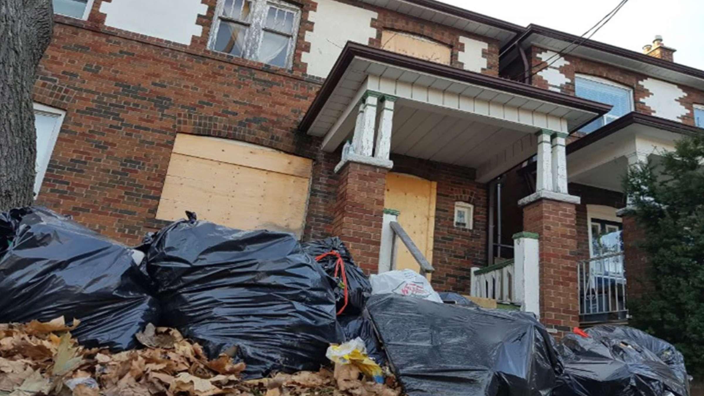 اخبار-تورنتو-این-خانه-میلیونی-را-100-هزار-دلار-بخرید