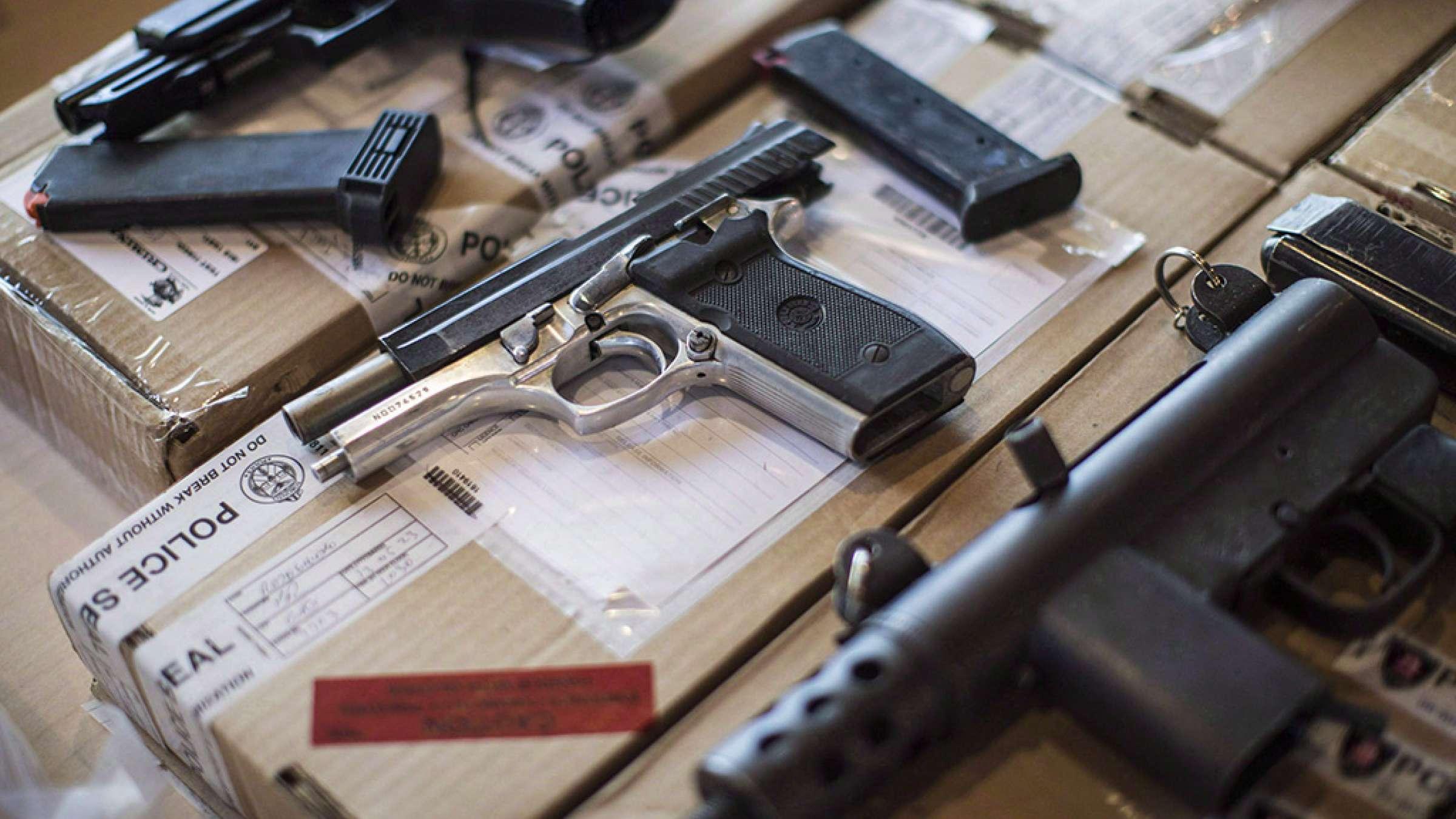 اخبار-تورنتو-دولت-فدرال-کانادا-به-کمک-پلیس-تورنتو-برای-کنترل-اسلحهکشی-میرود