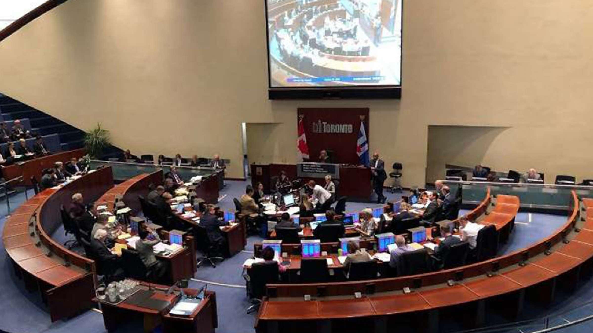 اخبار-تورنتو-شهرداری-قانون-کاهش-اعضاء-شورای-شهر-را-به-دادگاه-عالی-برد