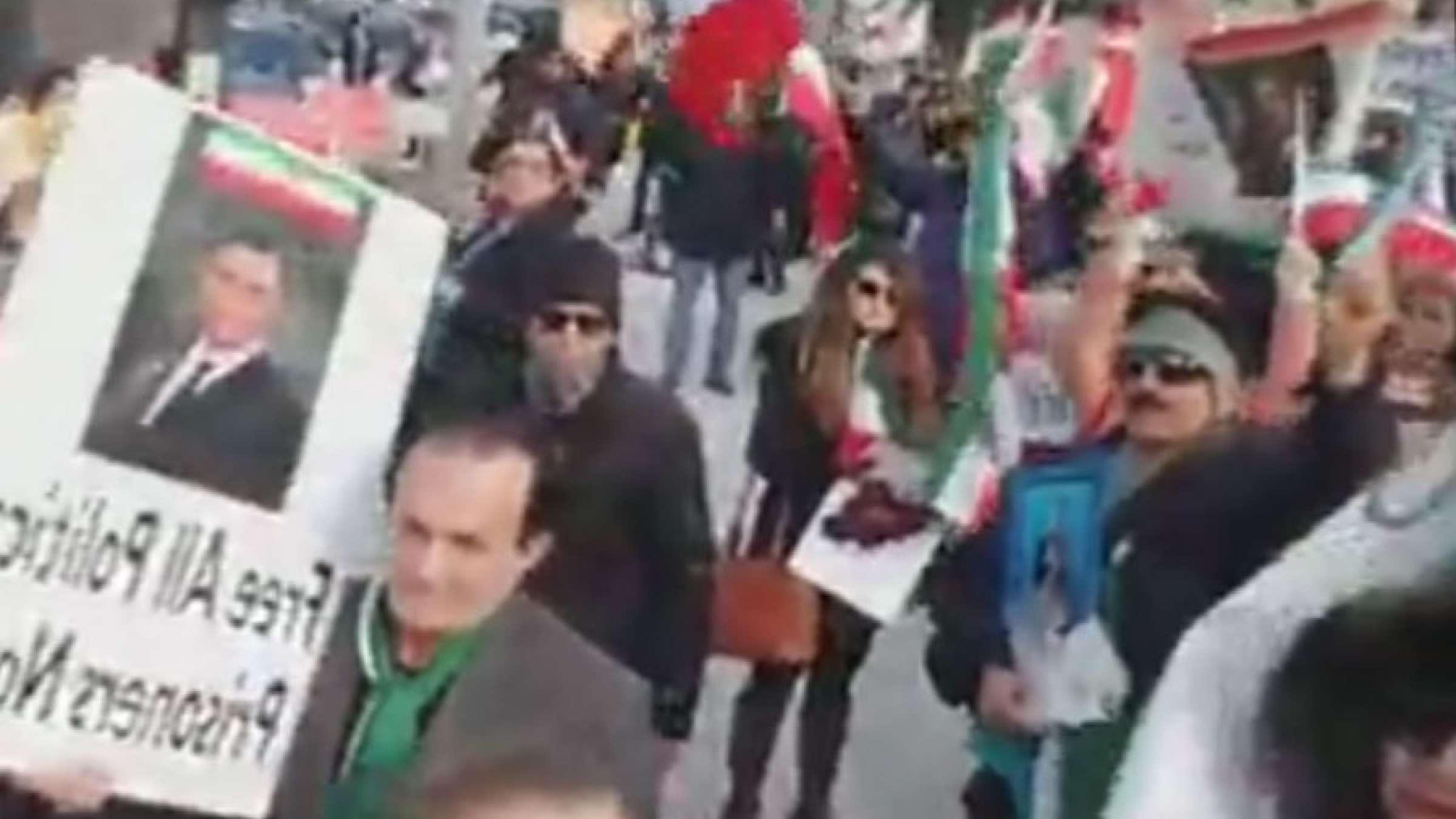 اخبار-کانادا-تجمع-اعتراضی-تورنتوییها-در-حمایت-از-اعتراضات-مردم-ایران