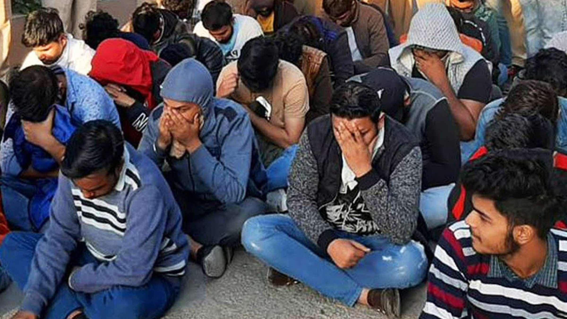 اخبار-کانادا-پلیس-هند-به-مرکز-تلفن-کلاهبرداران-از-کاناداییها-حمله-کرد