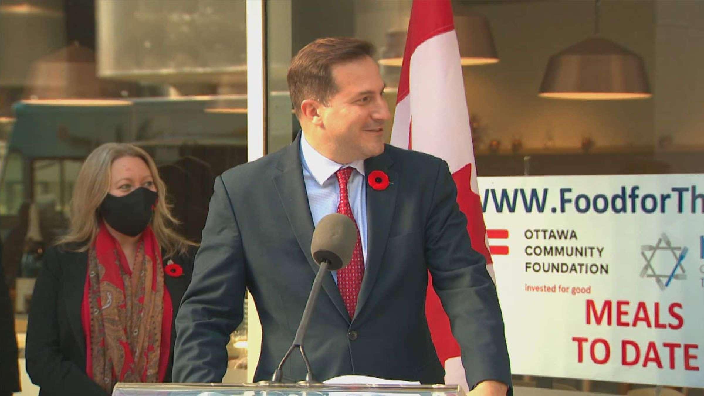 اخبار-کانادا-کانادا-بیش-از-یک-میلیون-مهاجر-می-پذیرد