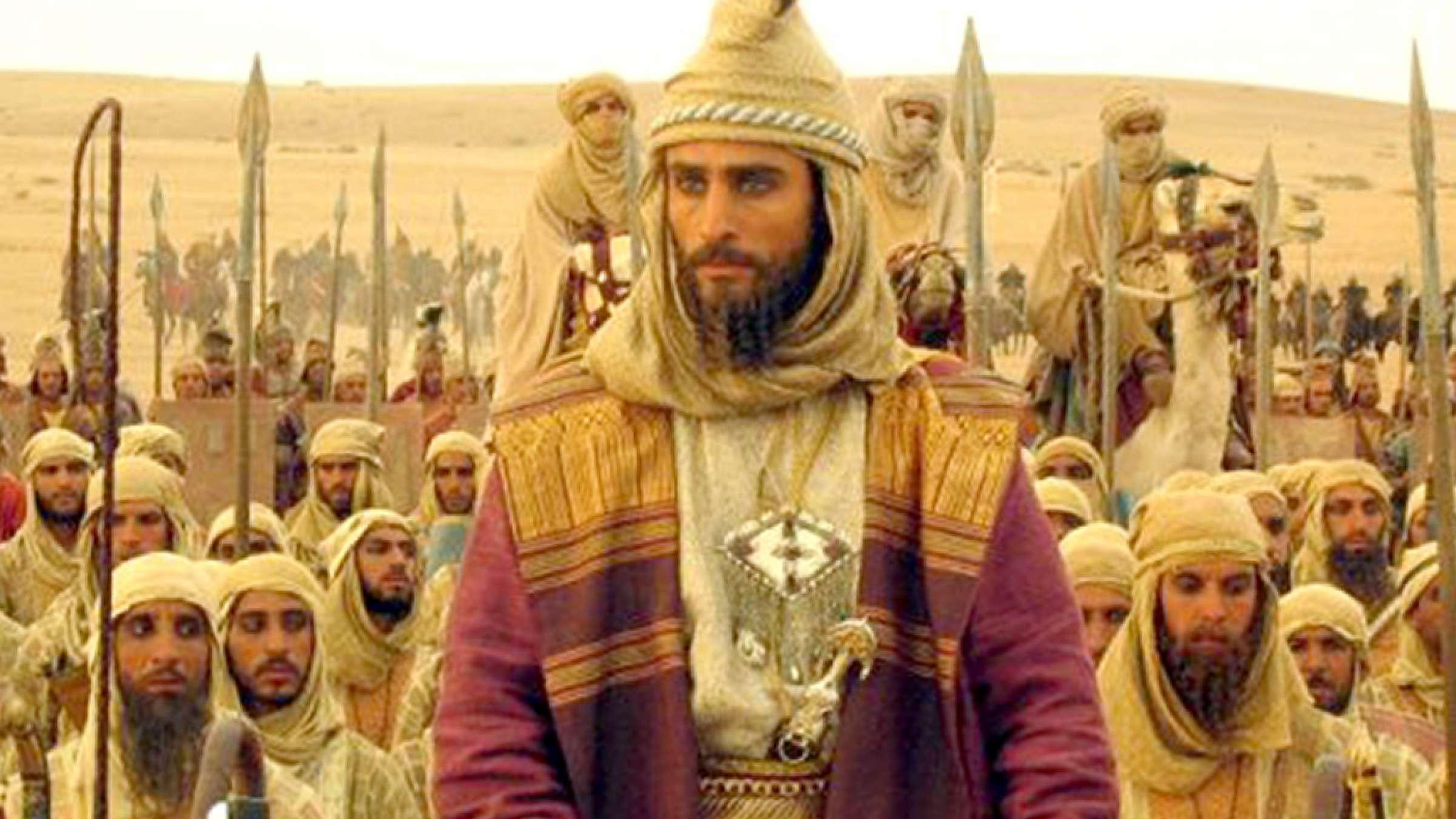 ادبیات-گل-محمدی-نبرد-داریوش-سوم-با-اسکندر-و-پایان-هخامنشیان