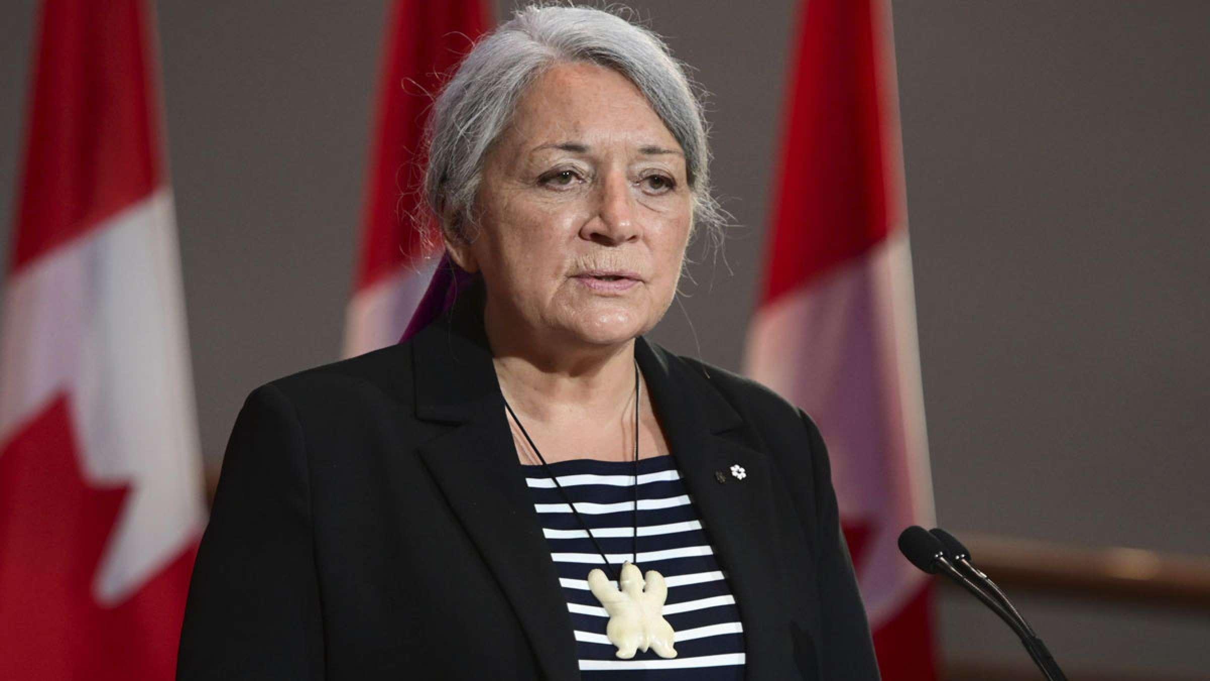 امروز مری سایمون، اولین بومی فرماندار کل کانادا شد، وی دقیقا کیست؟