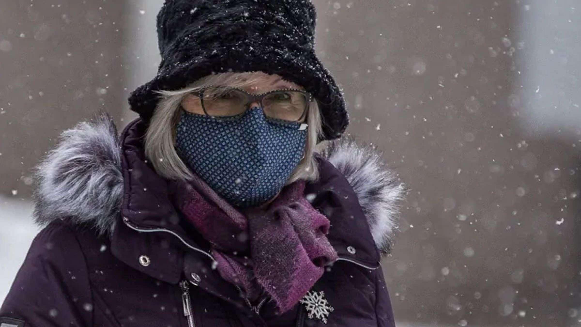بهداشت-کانادا-پاسخ-می-دهد-با-ماسک-یخ-زدن-آن-و-سرمای-زمستان-چه-کنیم