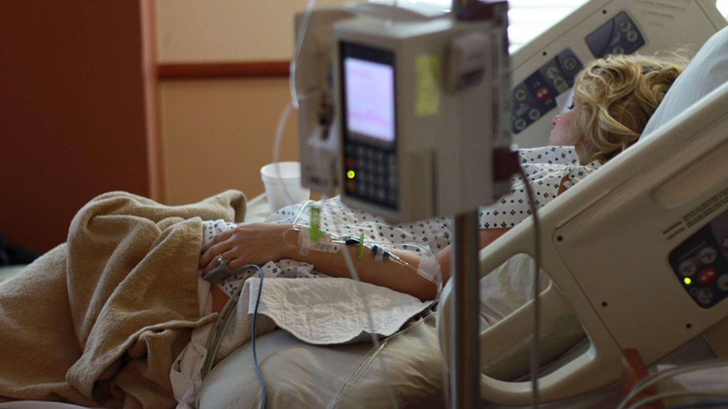 بیمه-رحیمیان-خانواده-شما-در-روزهای-بیماریتان-چگونه-زندگی-خواهند-کرد