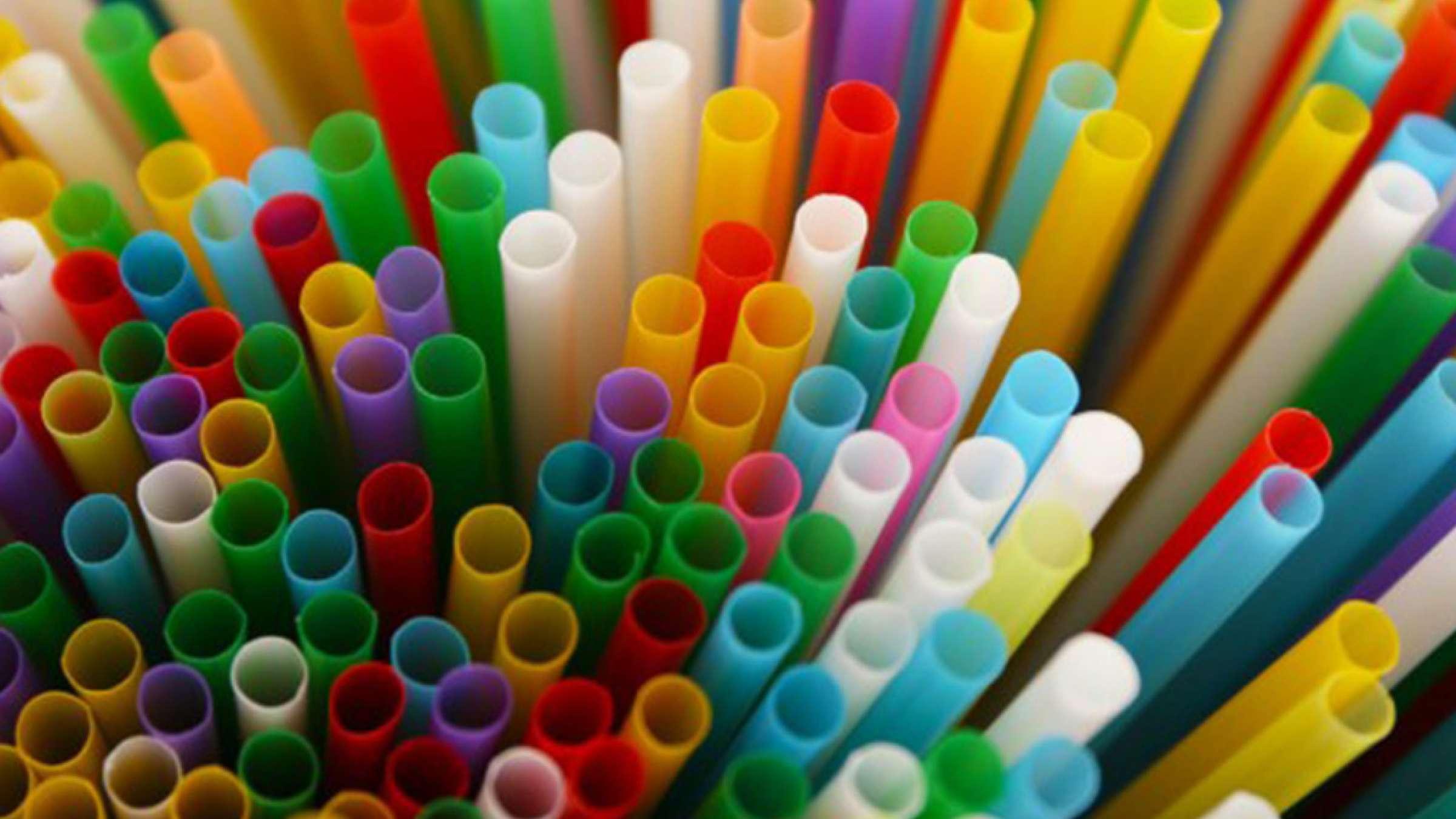 دولت-کانادا-پلاستیکهای-یکبار-مصرف-را-قدغن-میکند-کانادا-اخبار