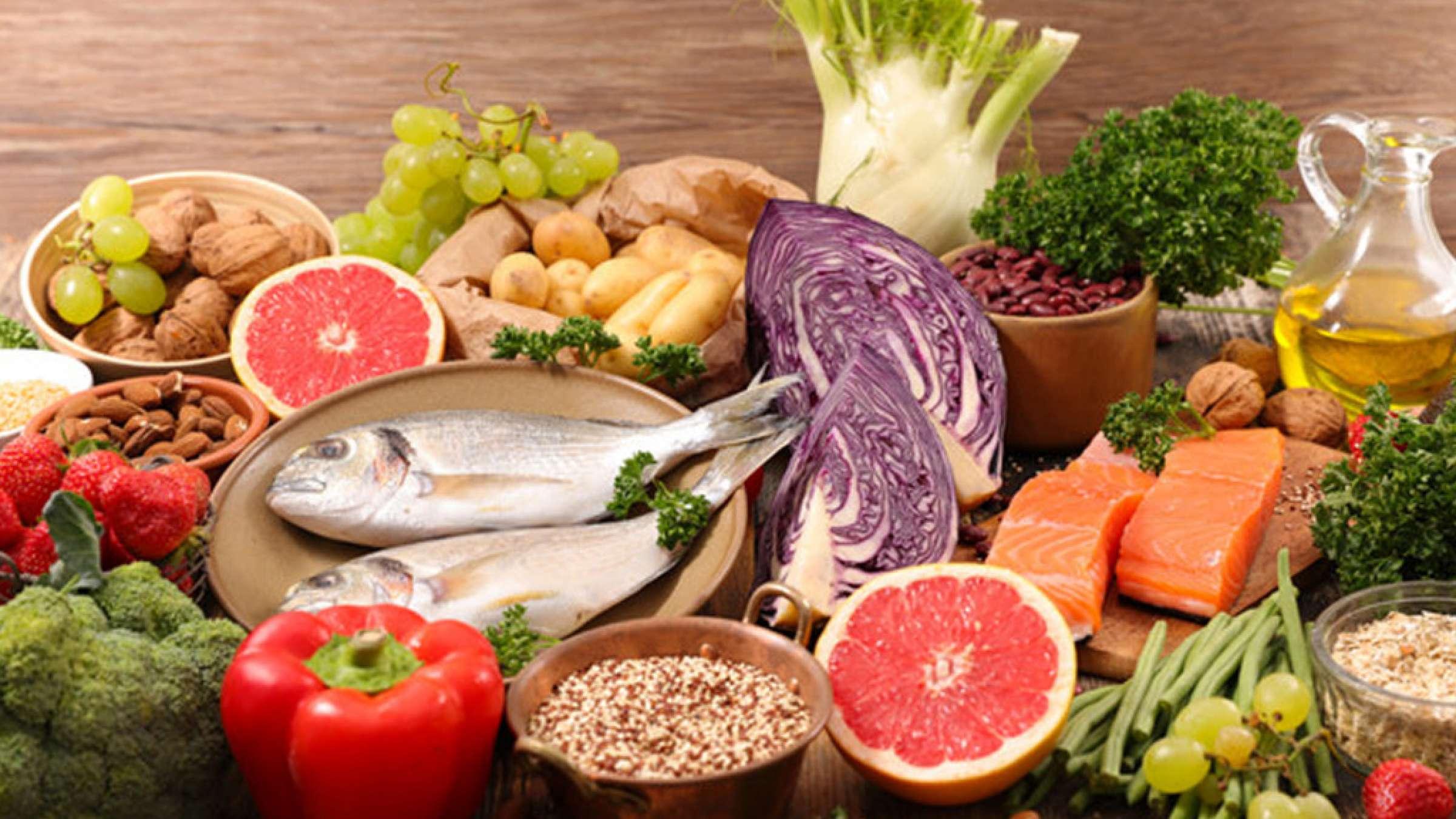 نقش-پروتئین-ویتامین-و-چربی-در-سلامتی-ما-کاظمی-طبیعی-درمانی