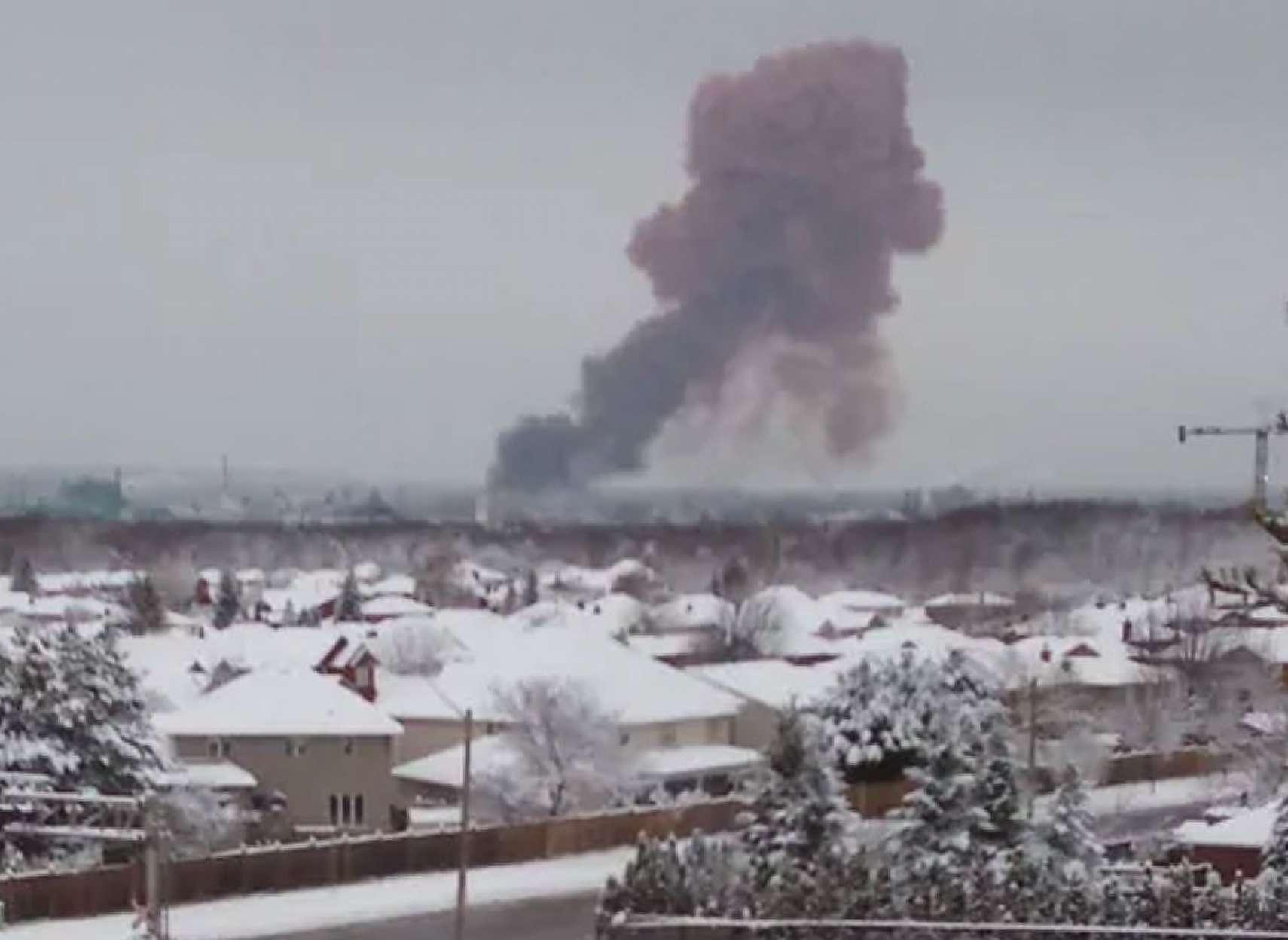 اخبار-تورنتو-انفجار-مهیب-در-کارخانه-فولاد-همیلتون-کانادا