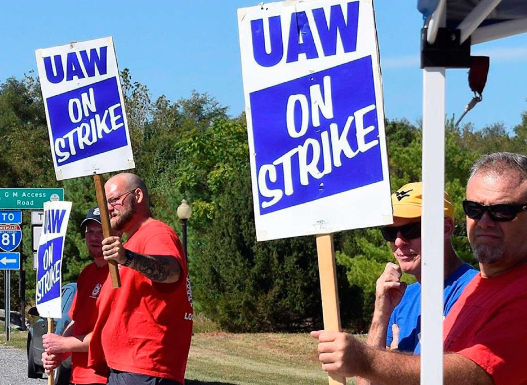 اخبار-تورنتو-جیام-بعلت-اعتصاب-کارگرانش-در-آمریکا-کارگران-تورنتوییاش-را-اخراج-کرد