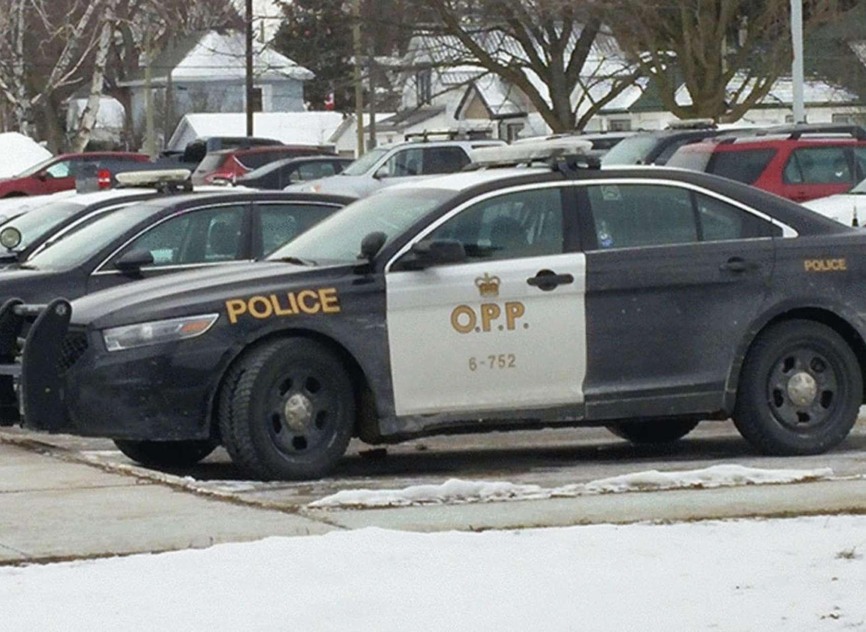 اخبار-تورنتو-دستگیری-راننده-۱۴-ساله-مست-مواد-زده-با-سرعت-غیر-مجاز