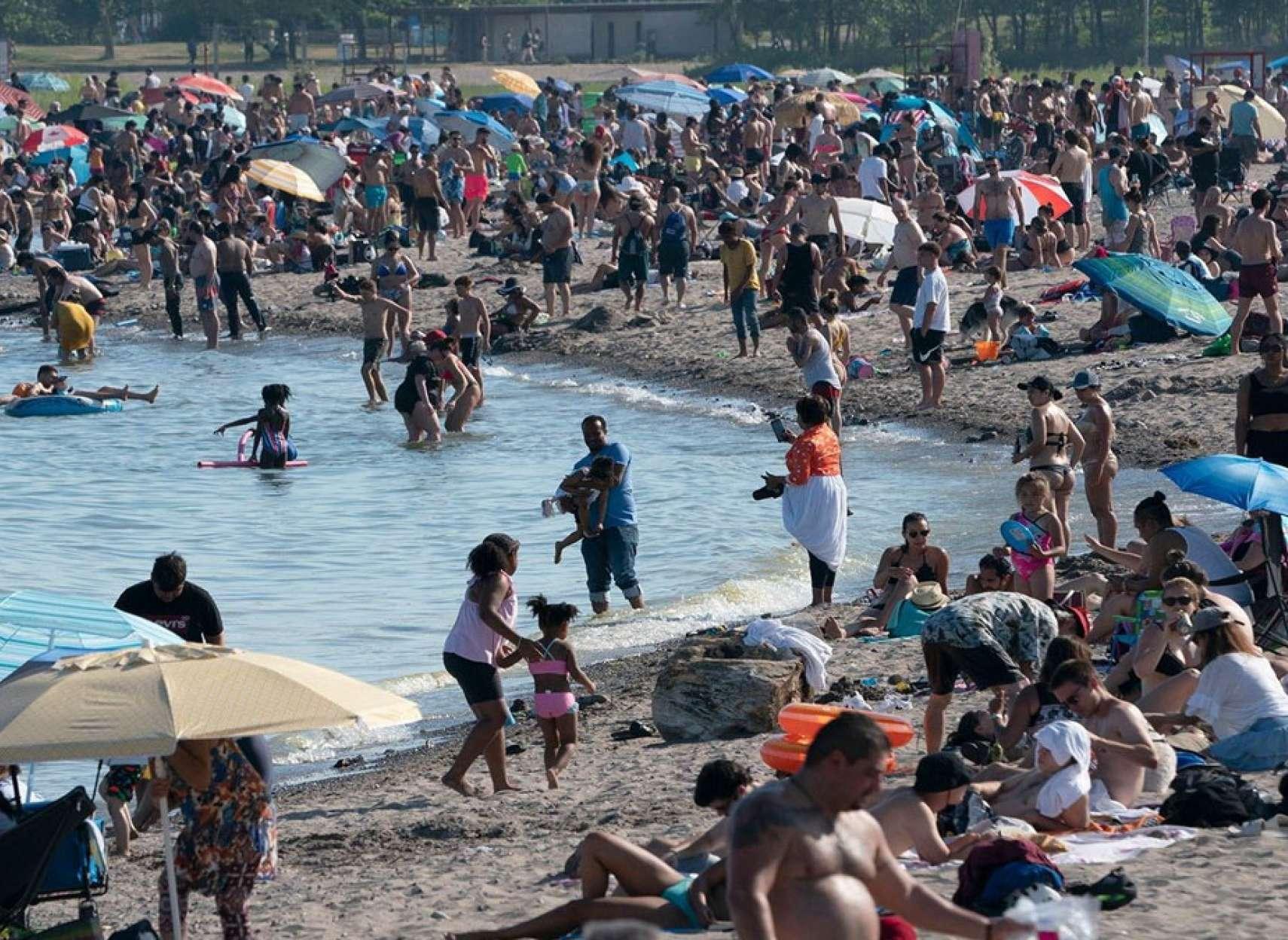 اخبار-تورنتو-عیش-و-نوش-در-سواحل-تورنتو-ممنوع