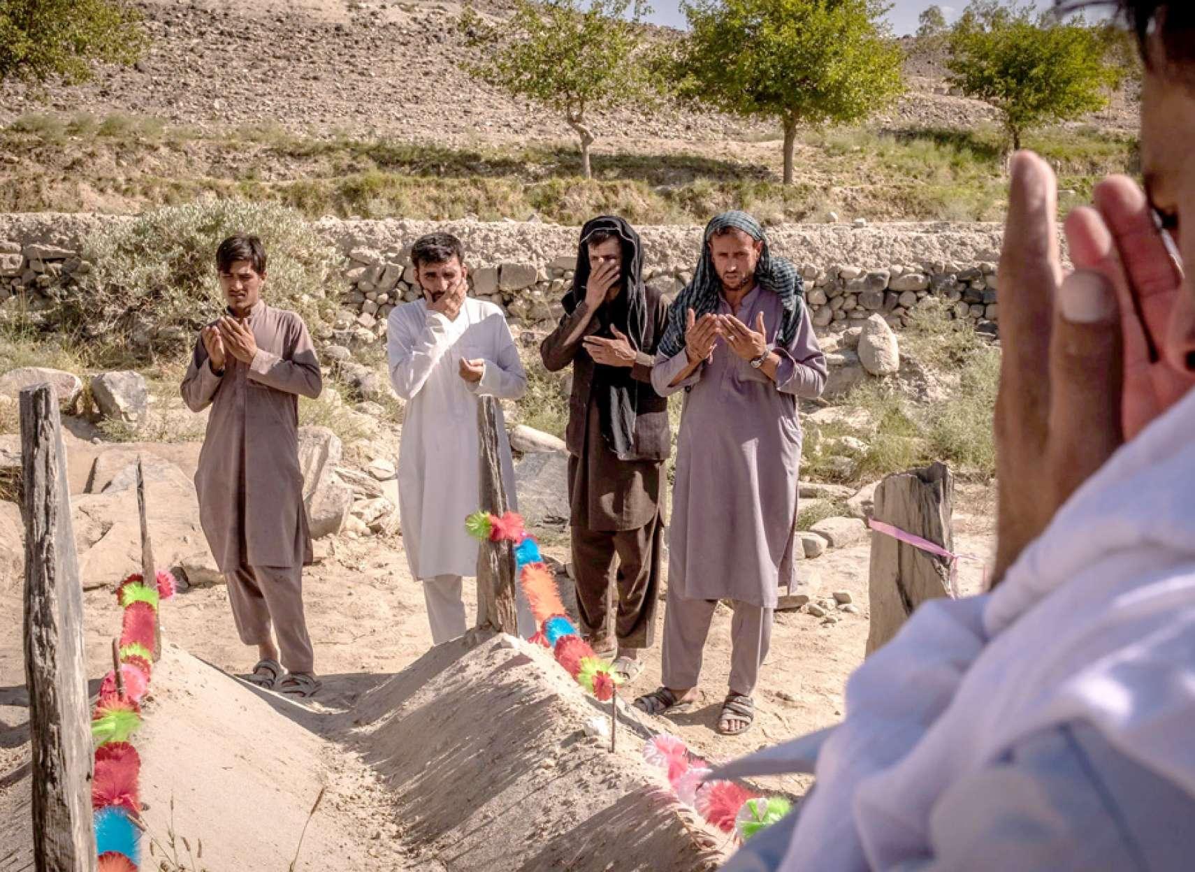 اخبار-جهان-نیروهای-آمریکایی-با-ارتش-افغانستان-بیشتر-از-طالبان-غیرنظامیان-را-میکُشند