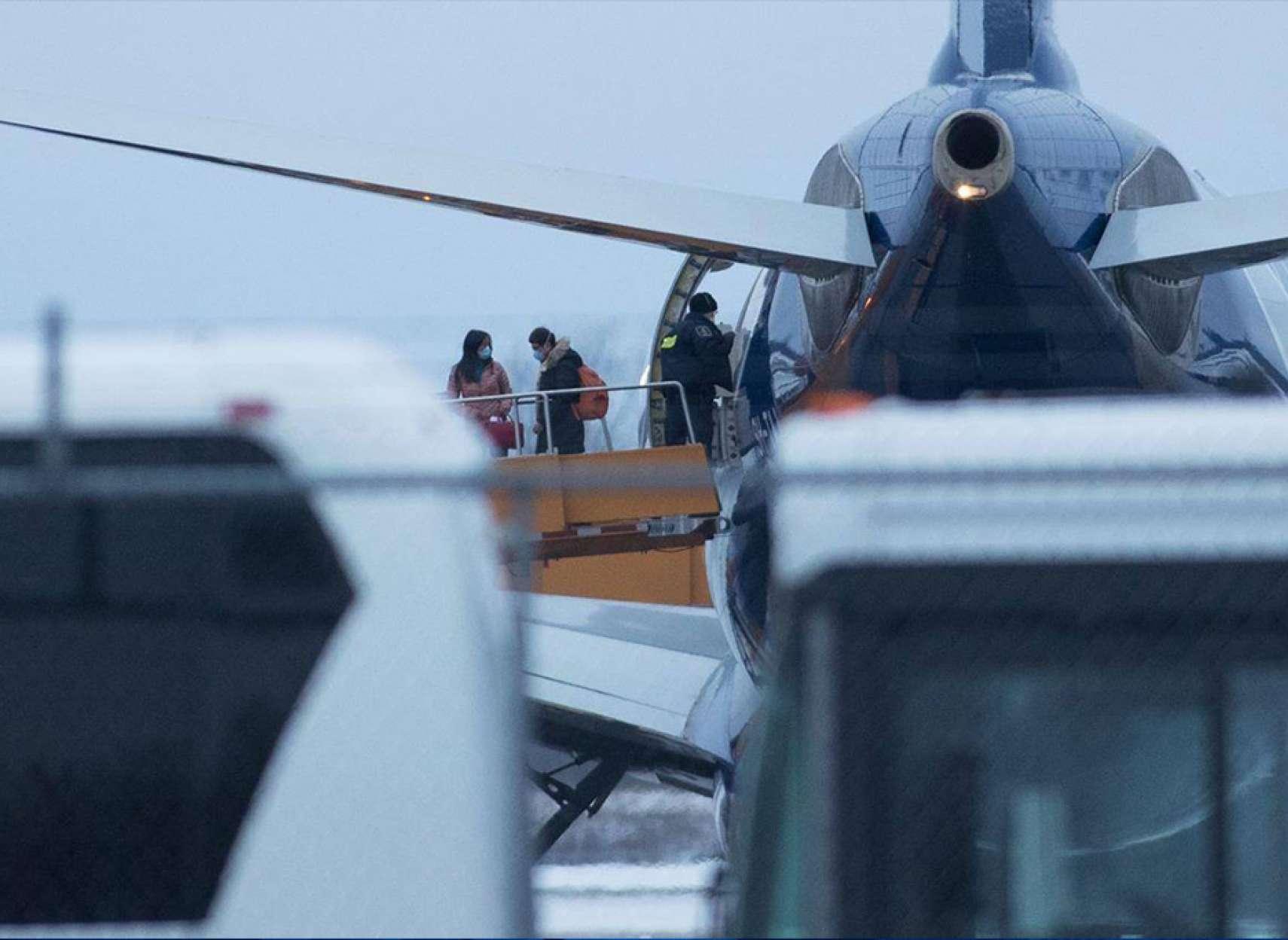 اخبار-کانادا-دومین-هواپیمای-حامل-کانادایی-ها-از-ووهان-وارد-ترنتون-شد