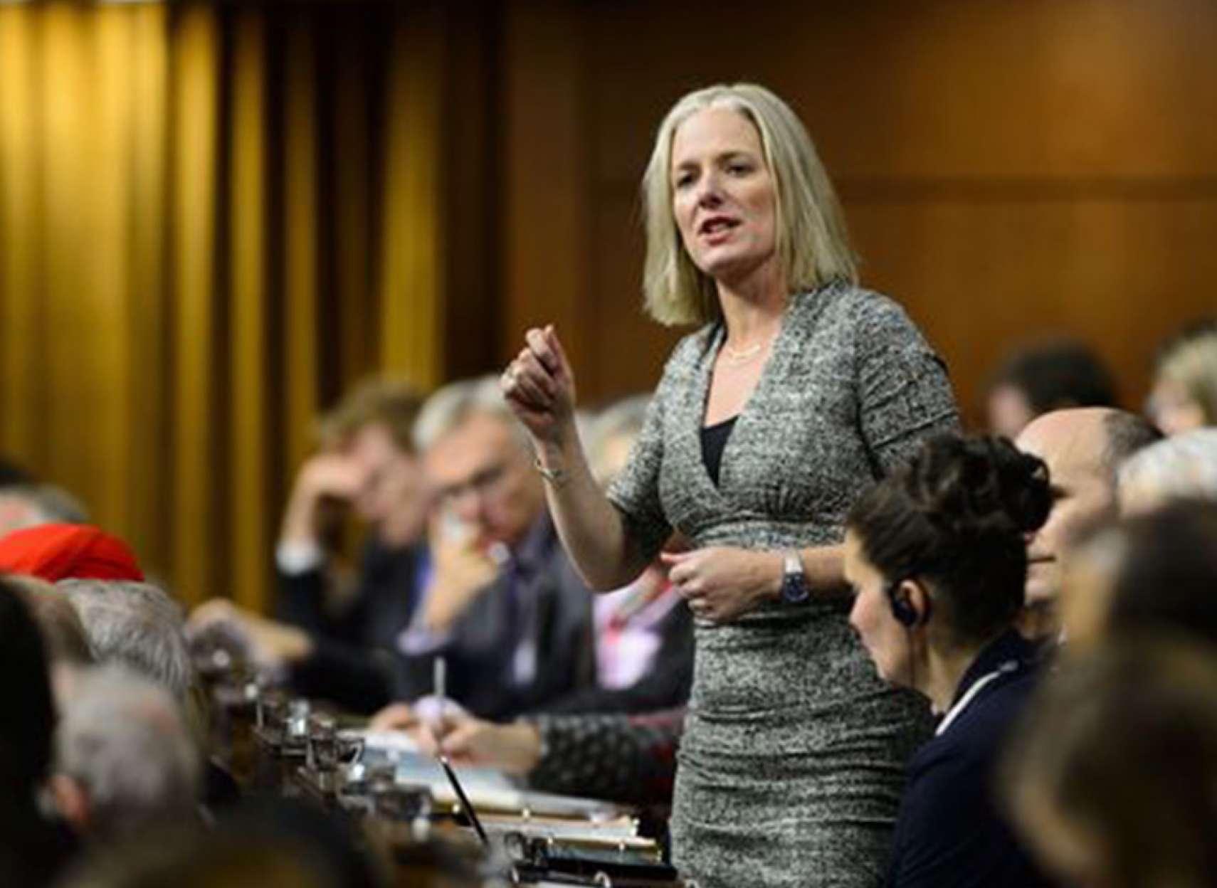 اخبار-کانادا-وزیر-محیط-زیست-کانادا-تهدید-به-مرگ-شد
