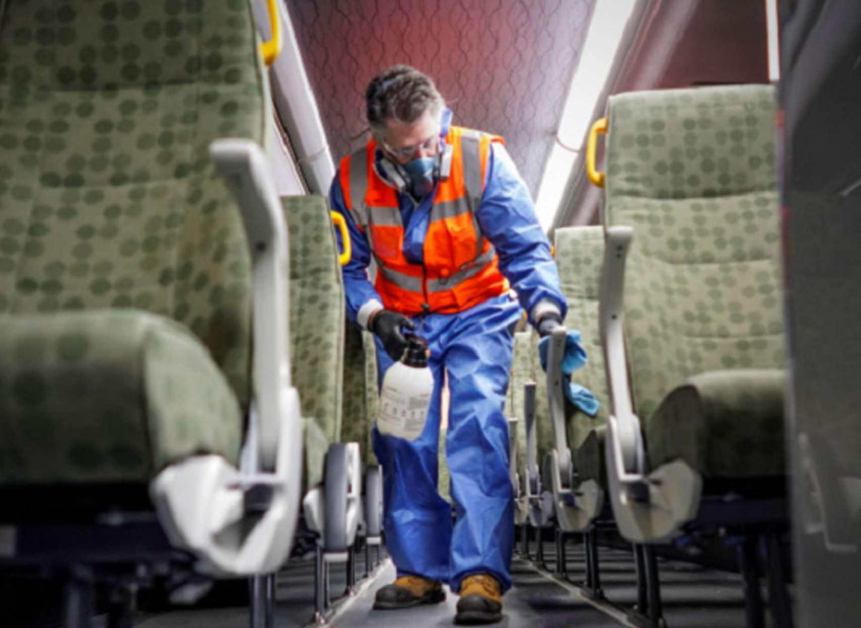 اخبار-کانادا-یک-مسافر-اتوبوسی-که-با-زن-ایرانی-مبتلا-به-کرونا-از-فرودگاه-بازگشته-بود-کرونا-گرفت