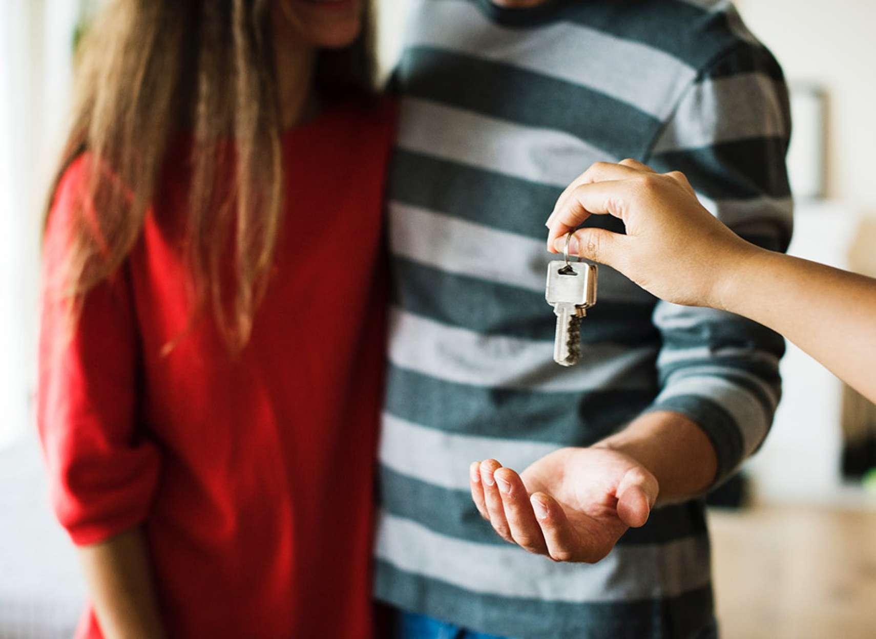 انواری-مسکن-فروش-بالاى-خانههاى-ويلايى-اما-چرا-با-قیمت-کمتر