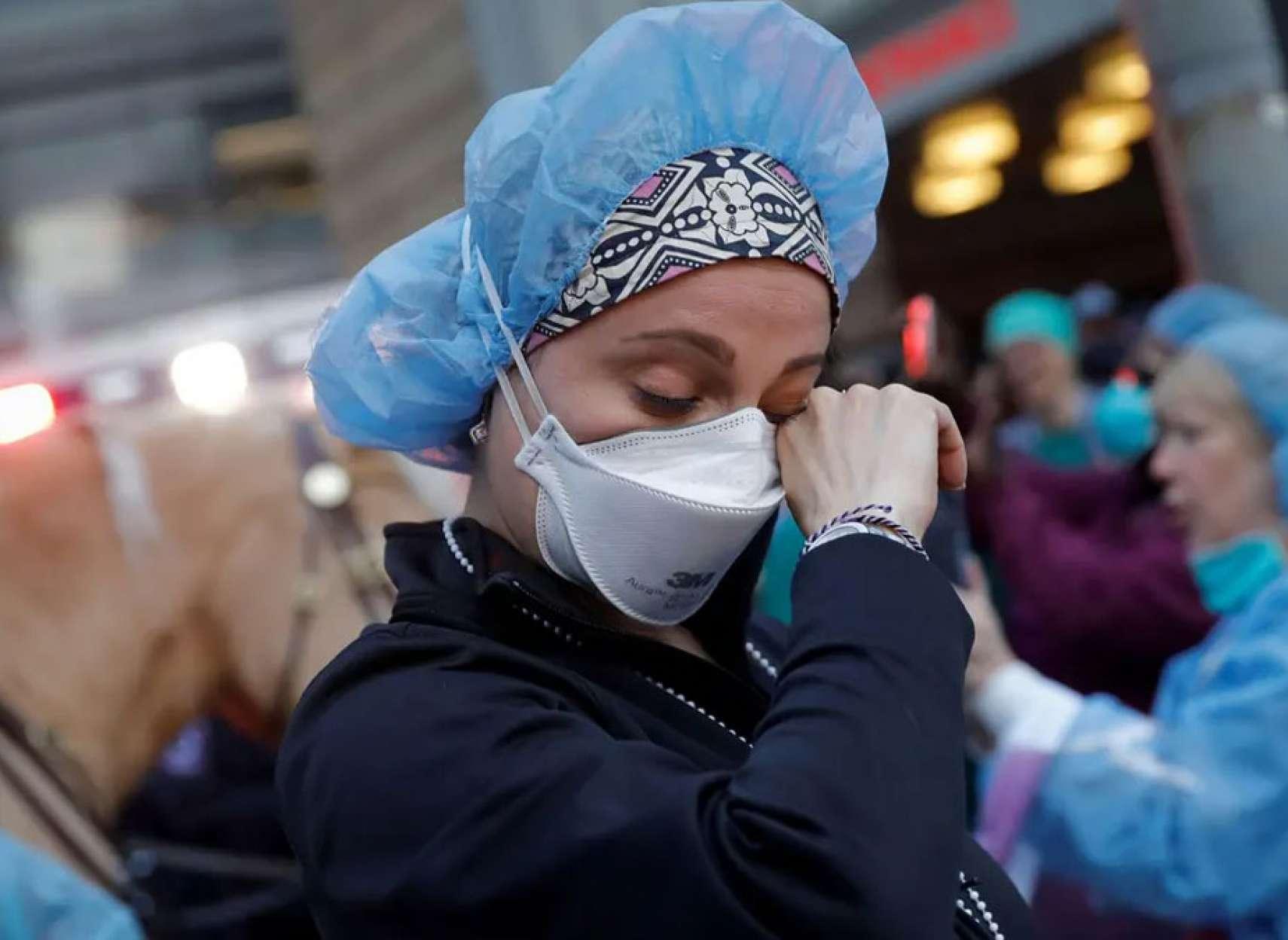 فاجعه کرونا در ایران؛ کرونا طی یک ماه در انتاریو ۳ برابر و در آمریکا ۱۰ برابر شد