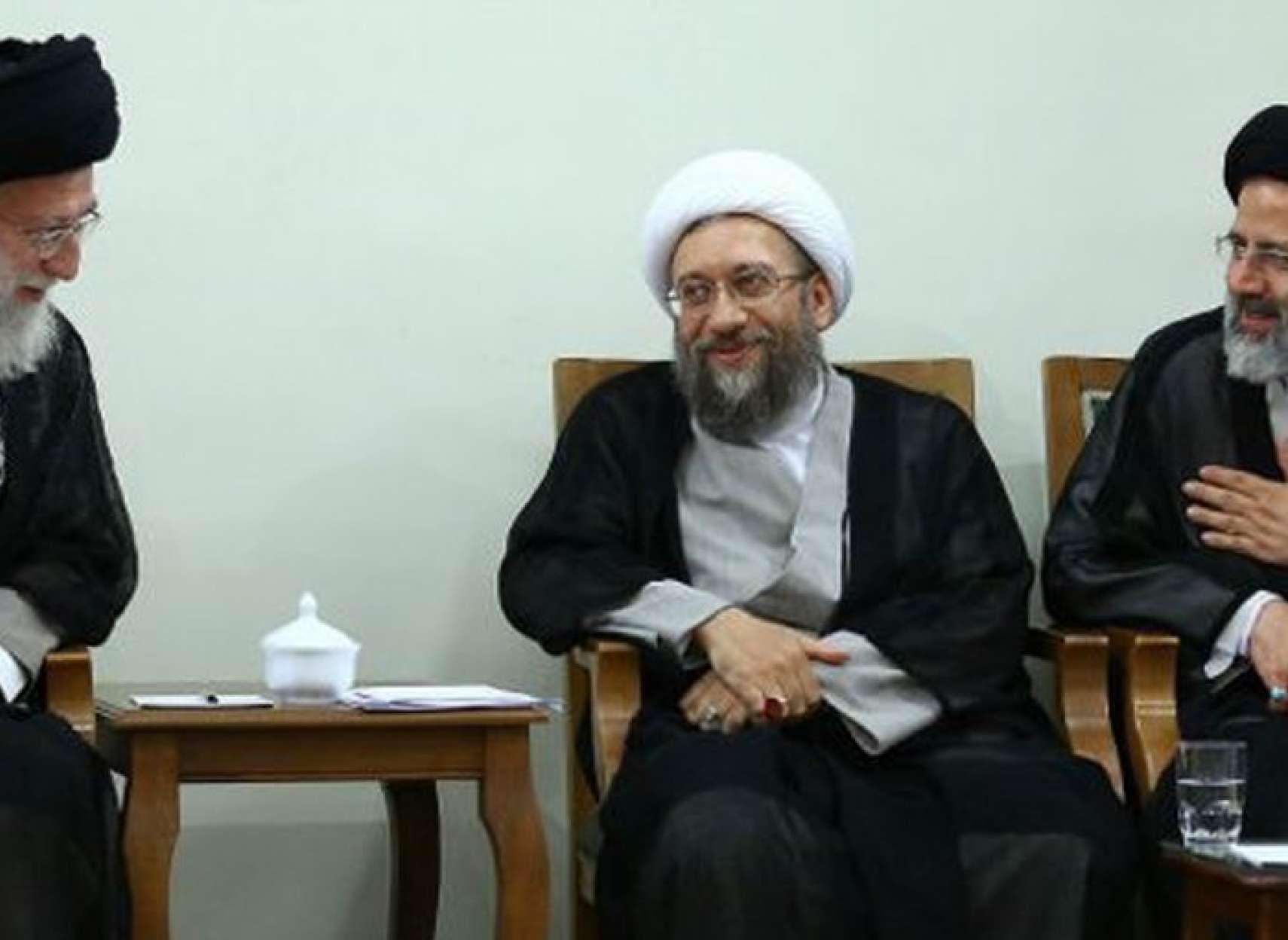 سیاست-نه-سیخ-بسوزد-و-نه-کباب-مبارزه-با-فساد-در-جمهوری-اسلامی