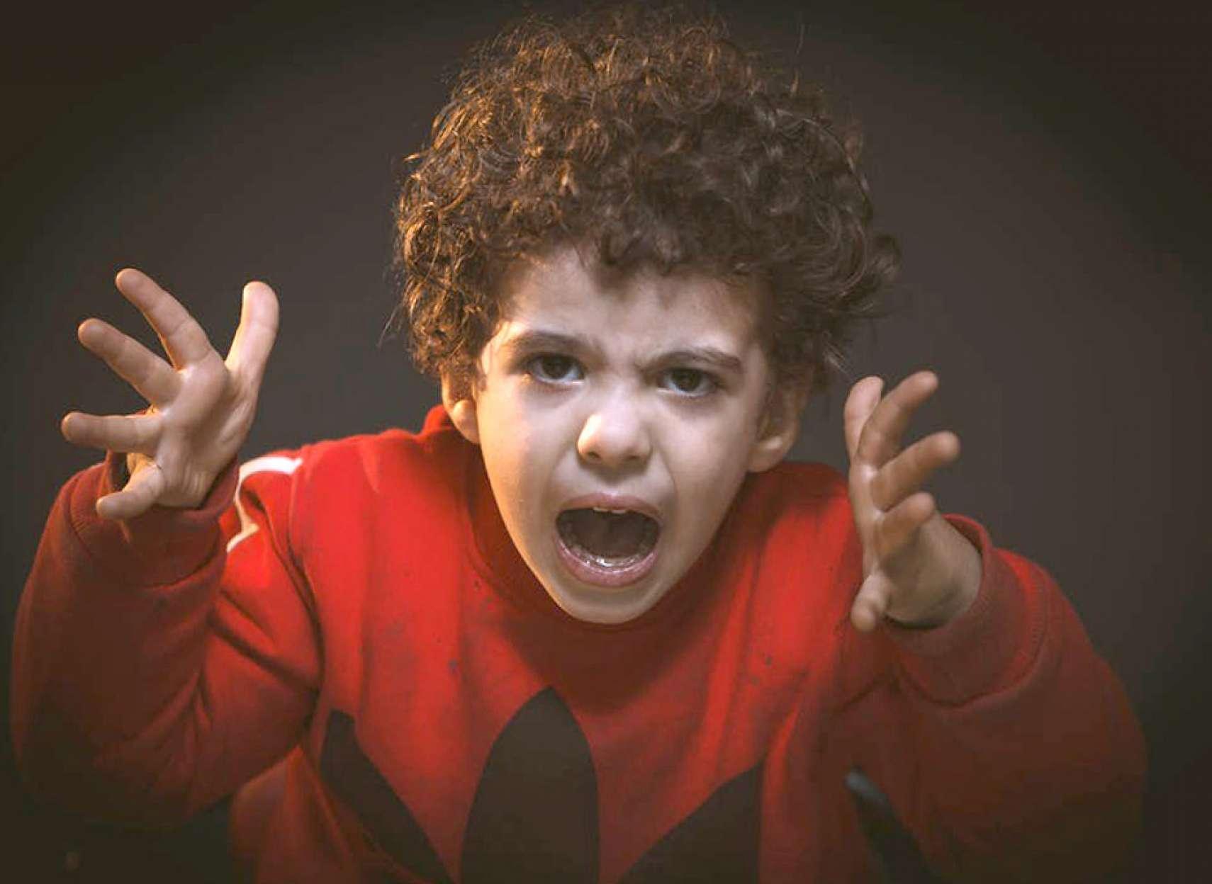 روانشناسی-داعی-کودکان-خشمگین-یا-عصبانی