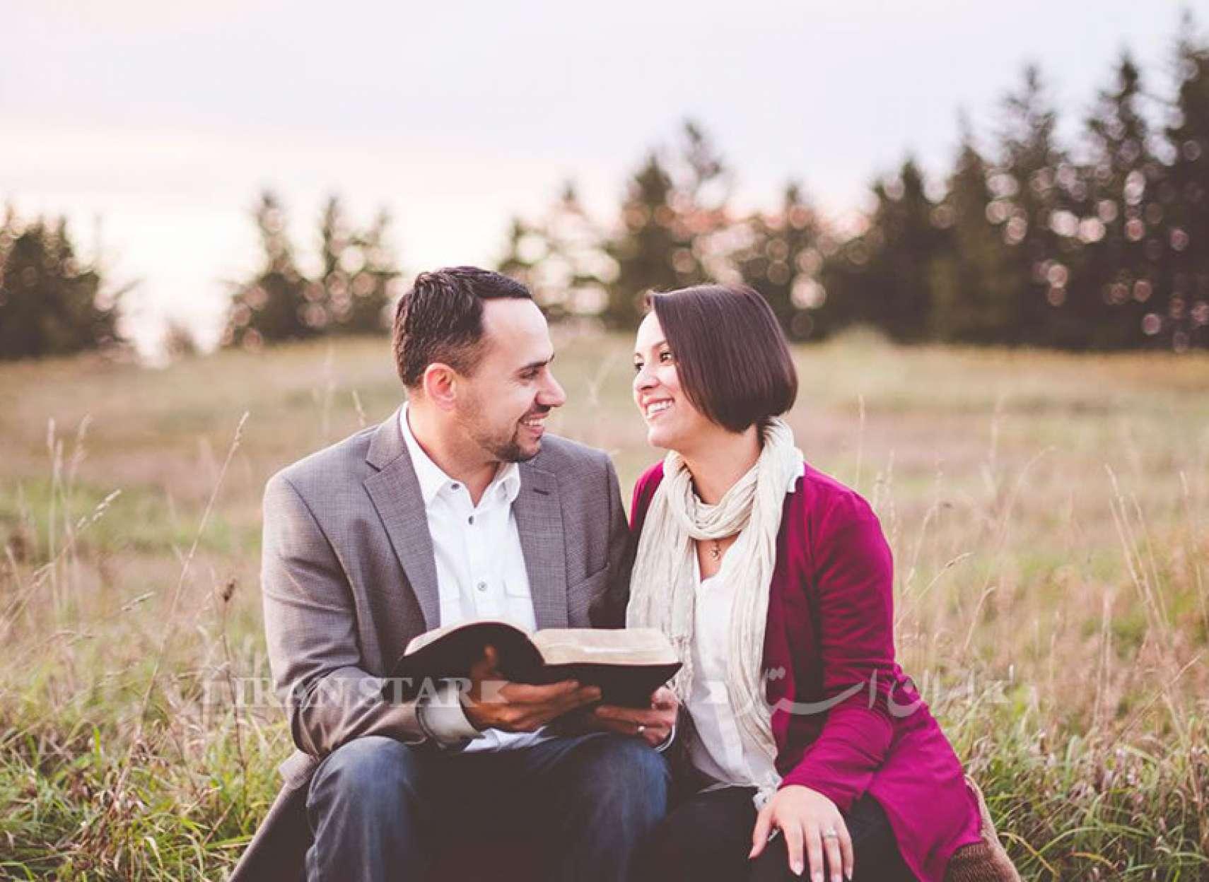 daee-forgiving-couple