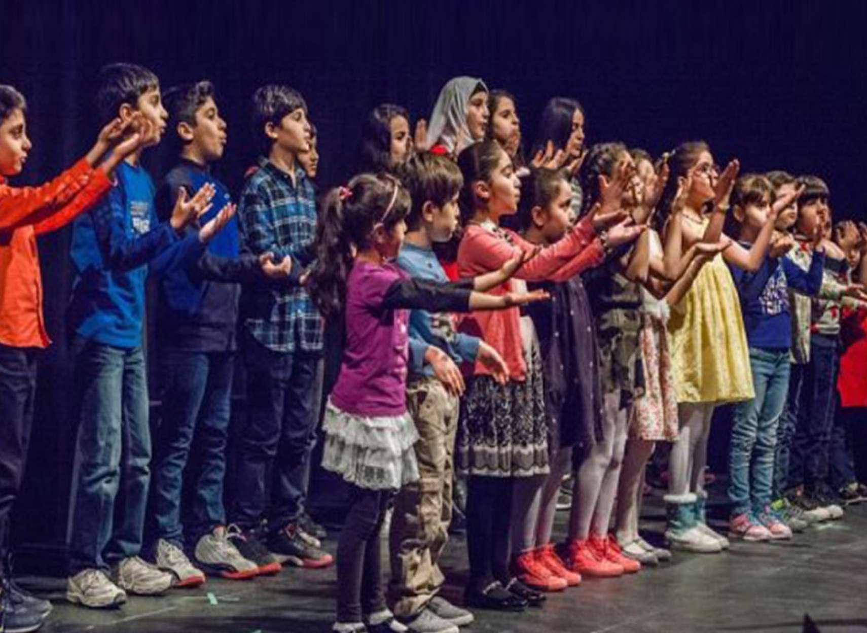 news-syria-choir-us