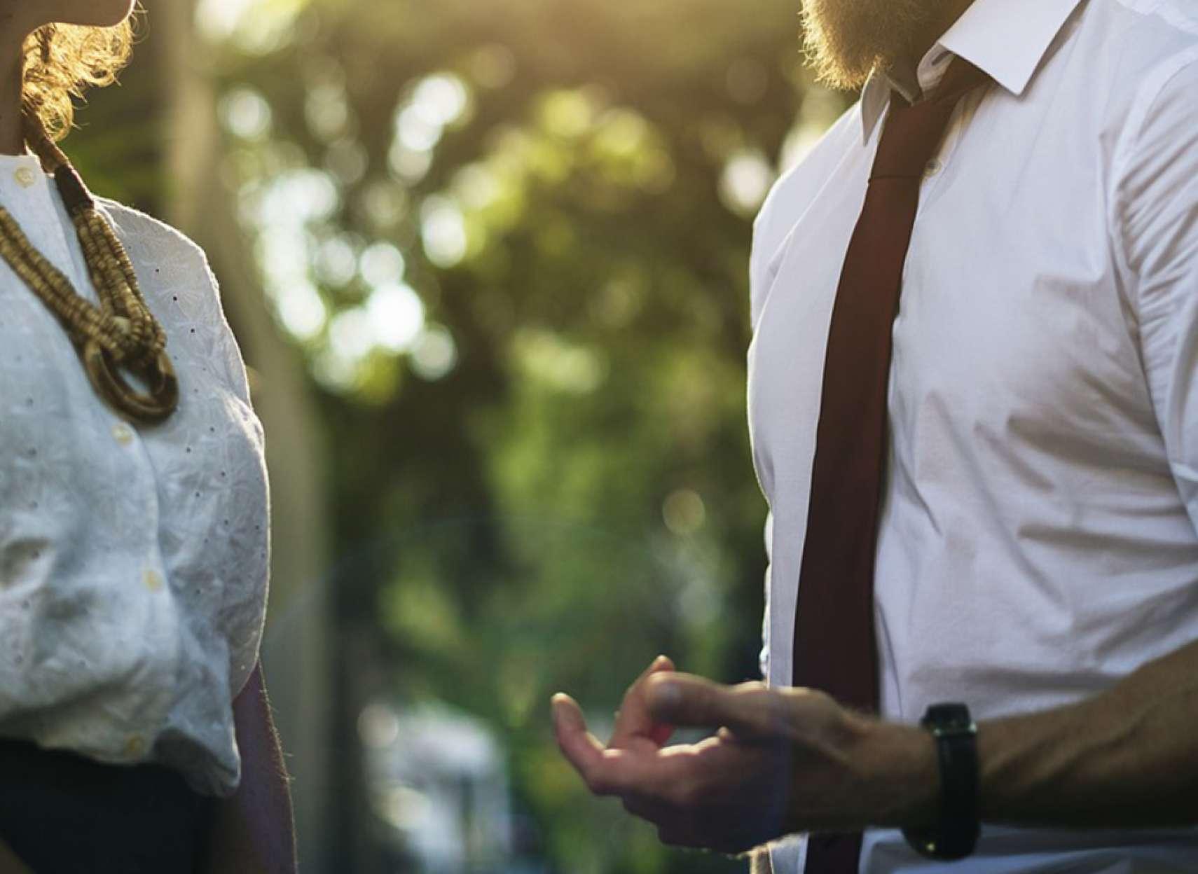 psycology-daee-couples-speak