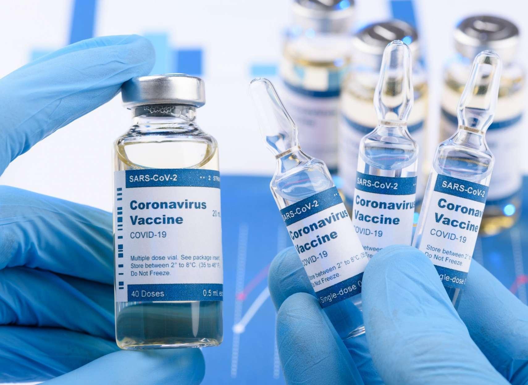 انتقاد-های-محافظه-کاران-درباره-زمانبندی-واکسن-کرونا-و-پاسخ-دولت-ترودو-چیست-توضیحات-مهم- شرکت-مدرنا-درباره-ارسال-واکسن-به-کانادا