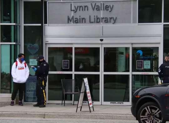 اخبار-ونکوور-چاقوکشی-در-کتابخانه-ونکوور-یک-کشته-و-۶-زخمی-گرفت