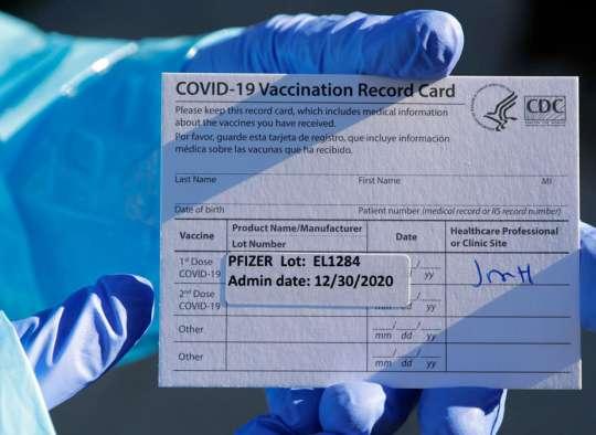 اخبار-کانادا-برای-مسافرت-به-خارج-پاسپورت-واکسن-کرونا-صادر-می-کند