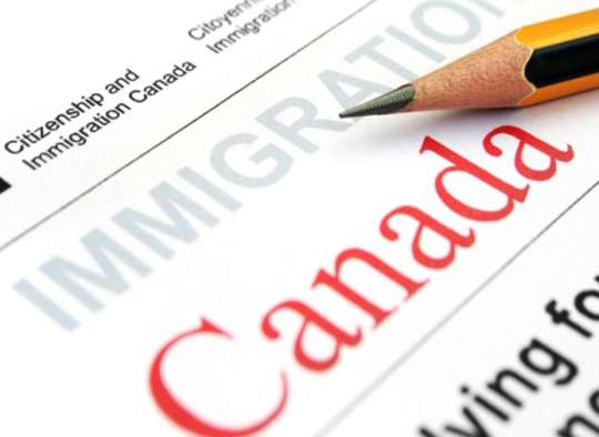 اخبار-کانادا-شهروندی-کانادا-بسیار-کُند-شده-است