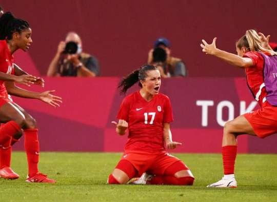 خبر-کانادا-فوتبال-زنان-کانادا-با-شکست-دادن-آمریکا-به-فینال-المپیک-رسید