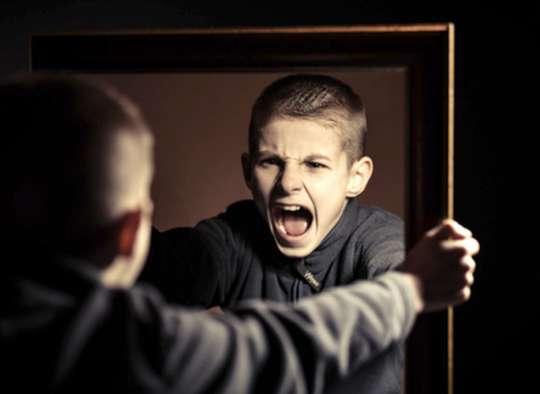 روانشناسی-داعی-کودکان-خشمگین